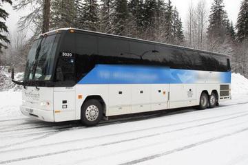 Transfer im Reisebus von Stadtzentrum Vancouver nach Whistler Village