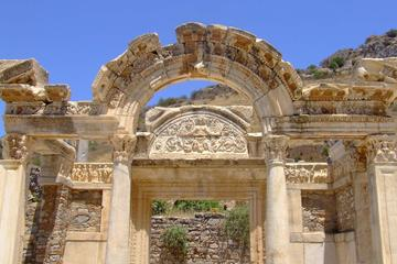 Izmir Shore Excursion: Private Tour to Ephesus and the House of...