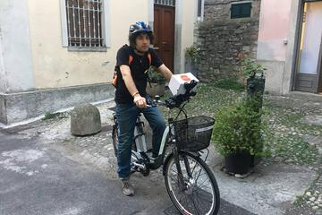 Discover Lake Como e-Bike and iPad...