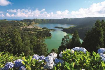 2-Day Sete Cidades Hop-On Hop-Off Bus from Ponta Delgada