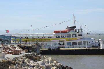 Recorrido en barco amarillo con paradas libres por Lisboa