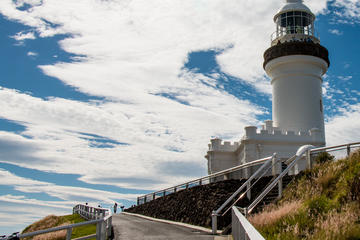 Full-Day Small-Group Byron Bay and Crystal Castle Day Tour from Brisbane