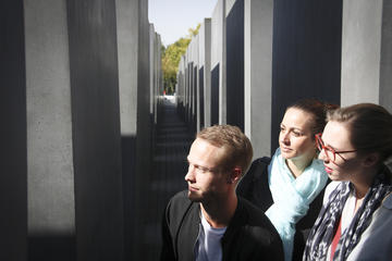 Berlin Third Reich Small Group Walking Tour Including Topography of Terror