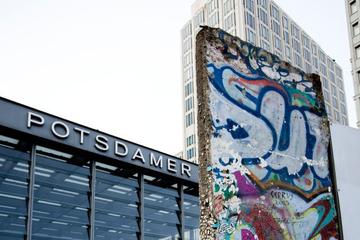Excursão particular: caminhe ao longo do Muro de Berlim com um guia...