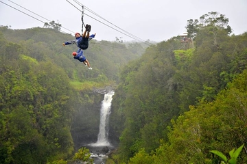 Big Island Zipline-Tour und Nationalpark der Vulkane von Hawaii ab ...