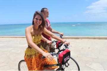 Excursão independente de bicicleta em...