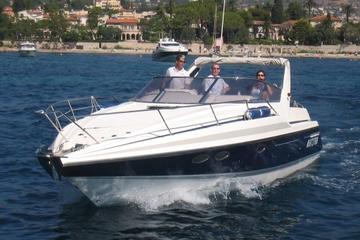 Crucero en yate privado de lujo desde Niza con capitán personal