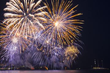 Feuerwerkstour auf priv. Luxusyacht ab Cannes mit persönlichem Kapitän