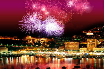 Private Luxury Yacht Fireworks Cruise from Monaco