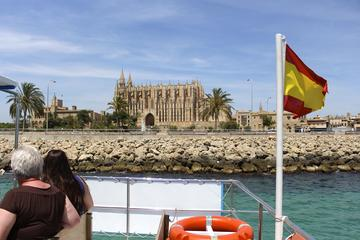 Paseo en barco por la bahía de Palma