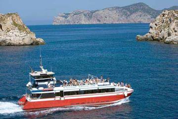 Travesía en barco en la bahía de Palma de Mallorca con almuerzo