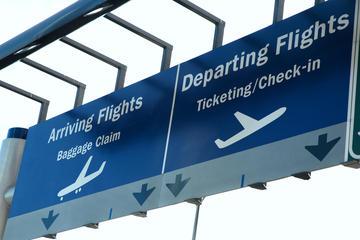 Privat transfer mellan flygplatser i New York i ekonomiklass