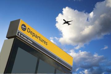 Transfert de départ privé: de l'hôtel à l'aéroport international de...