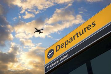 Transfert de départ privé: de l'hôtel à l'aéroport international...