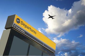 Traslado privado de salida: Hotel al Aeropuerto Internacional de...