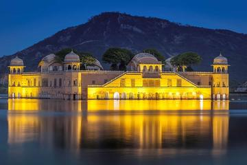 One-Way Private Transfer from Udaipur To Jaipur City with Pickup