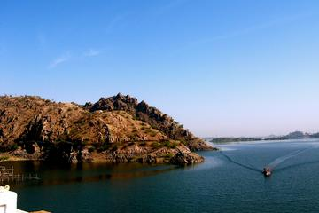 Same Day Trip To an India's second-Largest Artificial lake- Jaisamand Lake