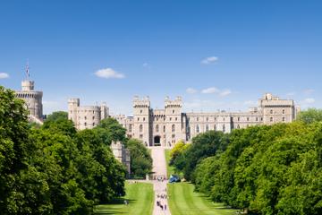 Entrada al Castillo de Windsor con transporte desde Londres