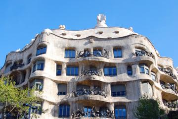 Barcelona-Gaudí-Tour mit dem Motorroller