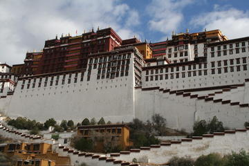 Lhasa Tour: A Glimpse of Tibet