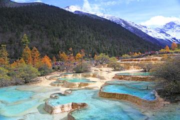 Excursão Independente de 2 dias aos Parques Nacionais de Jiuzhaigou e...