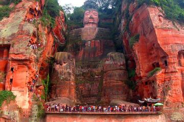 Excursão privada de 2 dias ao Grande Buda de Leshan e Monte Emei...