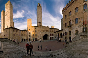 Private Tour: San Gimignano Walking...