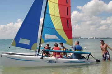 Clase de navegación en catamarán o alquiler de barco en la Bahía de...