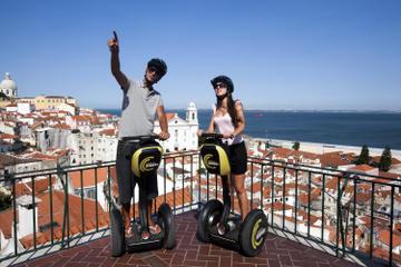 Visite médiévale de Lisbonne en petit groupe en Segway