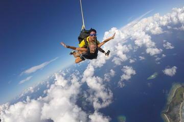 Skydive Fiji Legend 14000ft Tandem Jump