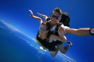 Skydive Fiji Radical 10000ft Tandem Jump