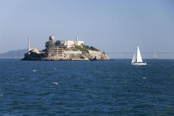 Alcatraz Eintritt und Fahrradtour in kleiner Gruppe mit Verkostung...