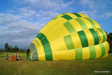 Private Hot Air Balloon Flight over the Colombian Coffee Region