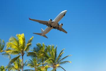 Privater Transfer bei der Ankunft: Flughafen Cartagena zum Hotel