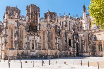 Excursion d'une journée à Óbidos, Nazaré, Fatima et Batalha