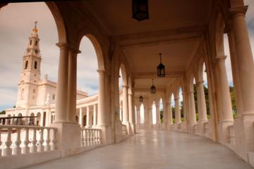 Tour di mezza giornata a Fatima e alla Basilica del Santuario da