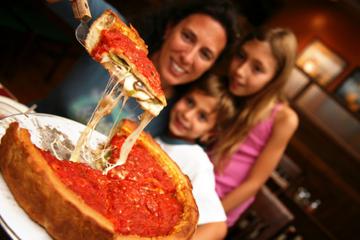 Ein Blick hinter die Kulissen - Chicago Pizza-Stadtrundfahrt im...