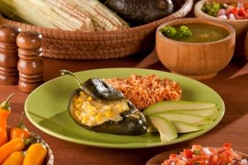 Clase de cocina para grupos pequeños en Antigua desde la Ciudad de...