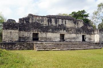 Viaje de dos días a Tikal y Yaxha en avión desde Antigua