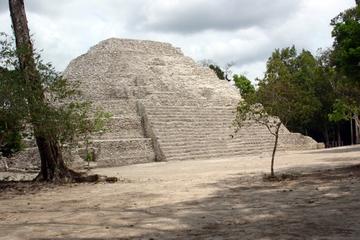 Viaje de dos días a Tikal y Yaxha en avión desde la Ciudad de...