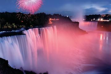 Niagara Falls Fireworks Walking Tour