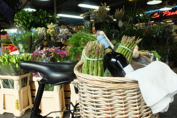 At the market - MIAM Bordeaux