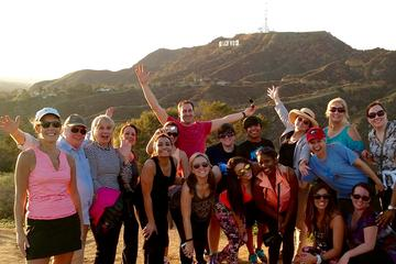Hollywood Hills Hiking Tour in Los...