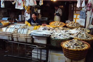 Visita privada de 2 horas al mercado de granjeros de Shanghái