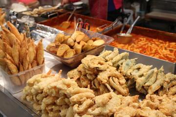韓国料理ウォーキング ツアー、焼肉ランチ付き