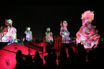 """La Pedrera di Gaudí di notte: un tour di Barcellona """"a porte chiuse"""""""