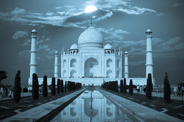 2-Day Private Tour of Agra from Delhi including Taj Mahal at Full Moon