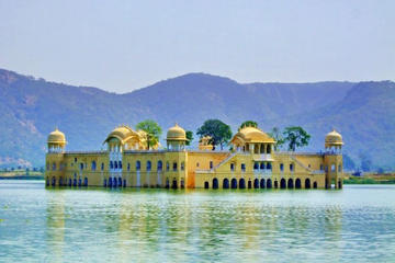 2-Day Private Tour of Jaipur from Delhi: City Palace, Hawa Mahal...