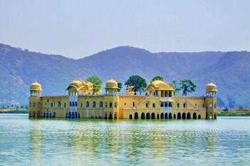 2-tägige Privattour durch Jaipur ab Delhi: City Palast, Hawa Mahal...