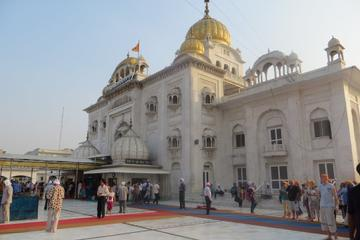 Half-Day Connaught Place Tour Including Hanuman Temple, Bangla Sahib...